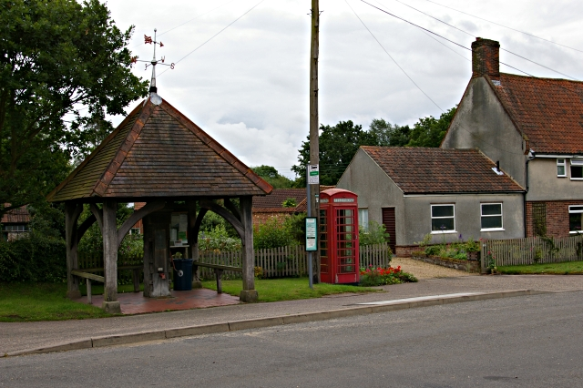 Honingham Pump and telephone box