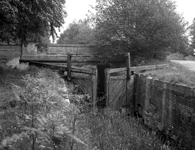 Pirbright Bridge and Deepcut Bottom Lock, Basingstoke Canal