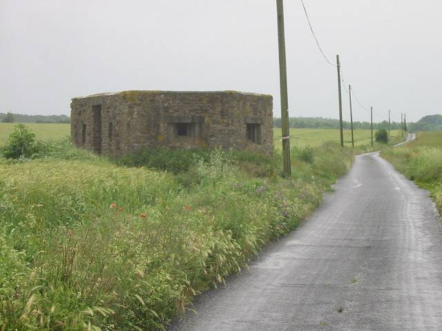 Pill box on Shepherds Close Road, Bekesbourne