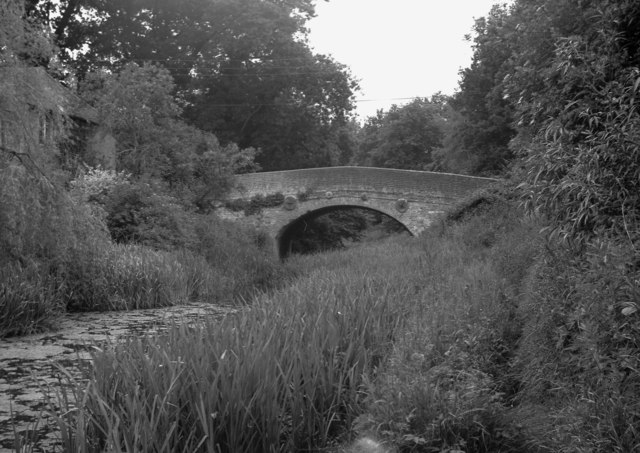 Barley Mow Bridge, Basingstoke Canal, Hampshire