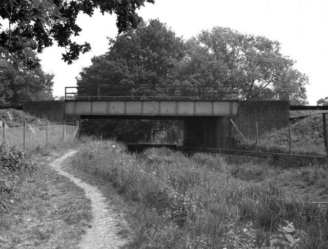 Ash Railway Bridge, Basingstoke Canal