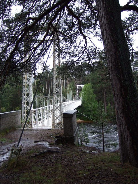 Footbridge to Ballochbuie Forest
