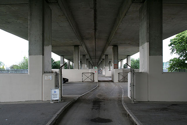 Under the A316