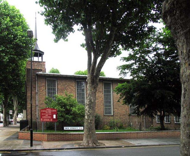 St Nicholas & All Hallows, Aberfeldy Street, London E14
