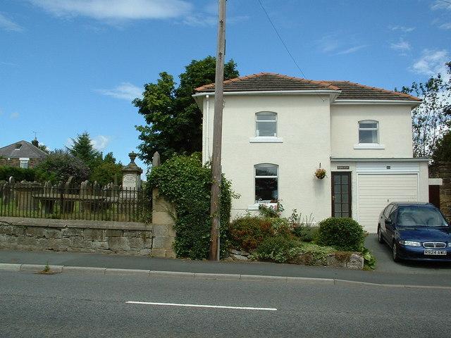 Three Mile House, Ruthin  Road, Coedpoeth