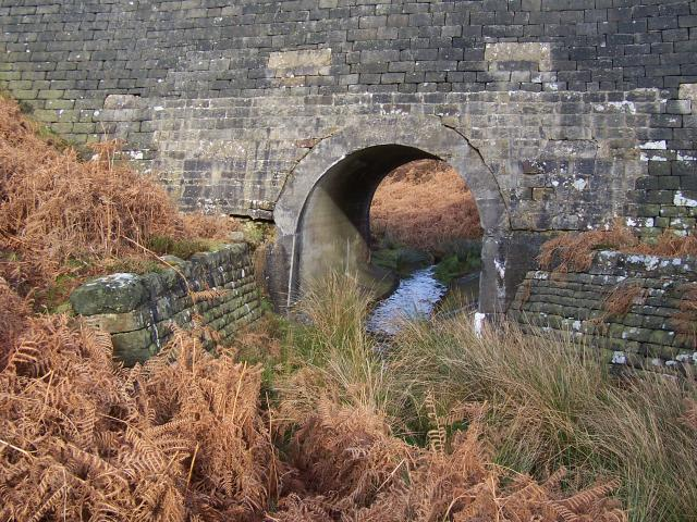 Reservoir road bridge with unnamed stream flowing into Lower Barden Reservoir