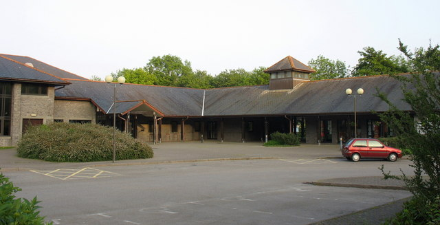 Canolfan Hamdden Y Bala. Bala Leisure Centre.