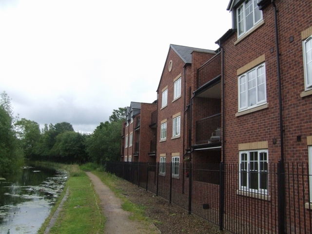 Canalside housing at Lane Head