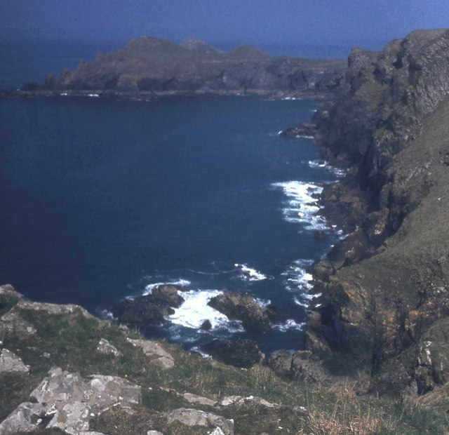 Cliffs between Pentire Point and Rumps Point
