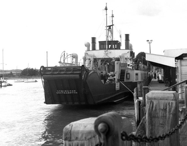 Isle of Wight ferry at Lymington Pier