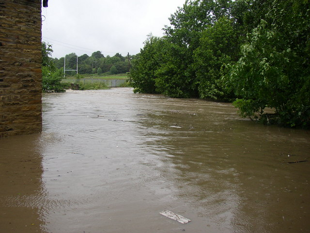 Clifton Beck in spate, Thornhill Briggs, Brighouse