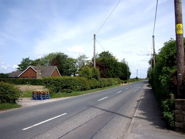 Road to Hesketh Bank