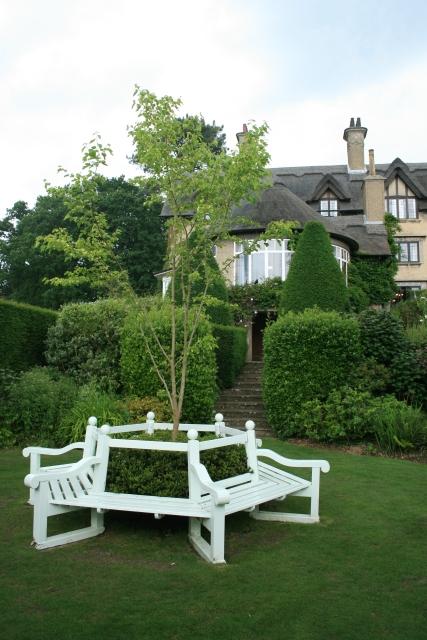 Gardens, How Hill House