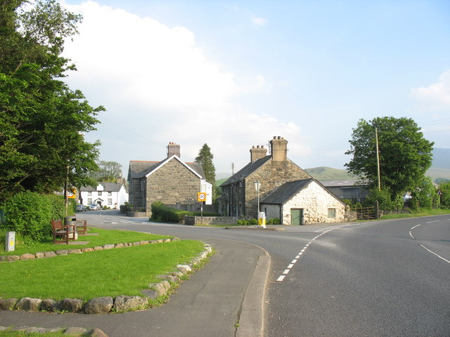 Junction of the B4403 with the A494 at the entrance to the linear village of Llanuwchllyn