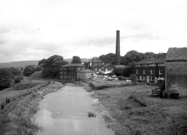 Rochdale Canal from Clegg Hall bridge