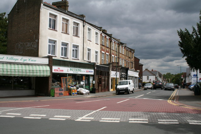 Station Road, Belmont, looking east