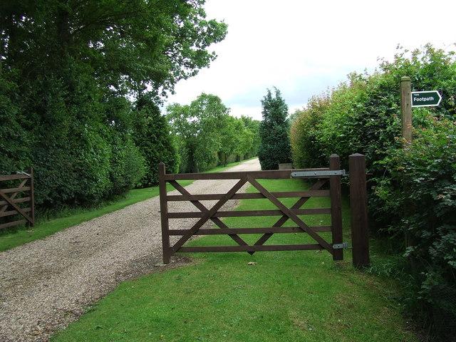 Entrance To Hillhouse Farm