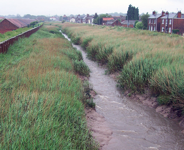 Barton Haven - Upstream from Bridge