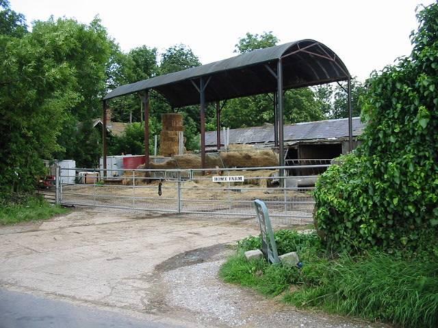Farm buildings at Home Farm