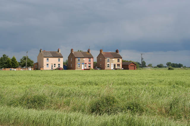 Houses on Whaplode Fen
