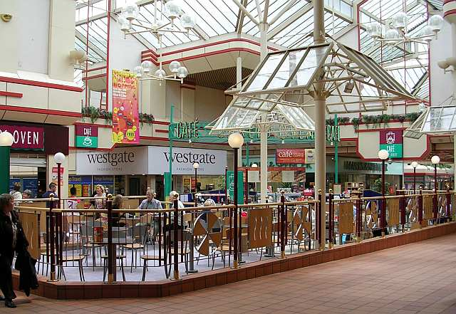 Airedale Shopping Centre