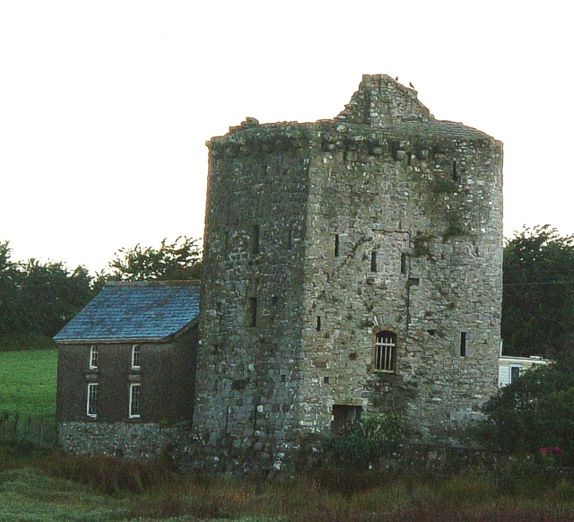 Ancient Tower, Angle