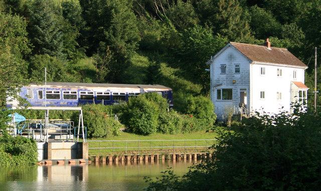 Train passing the River Esk