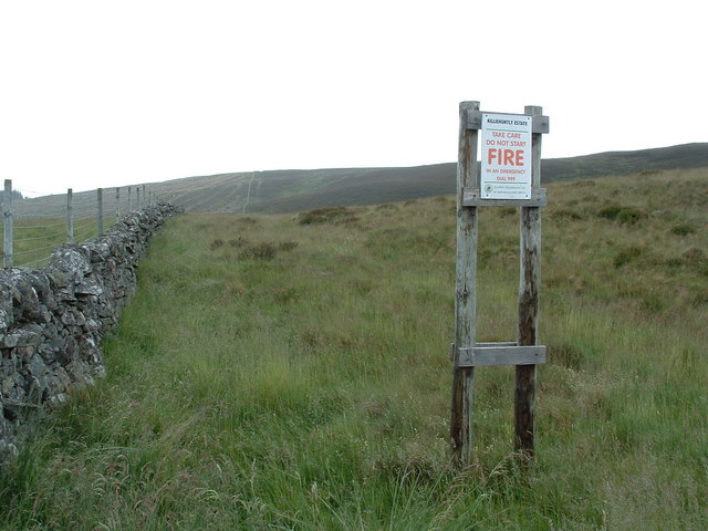 Dry stane dyke, and fire advice