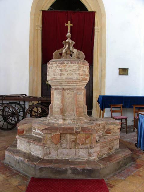 St Nicholas, Potter Heigham, Norfolk - Font