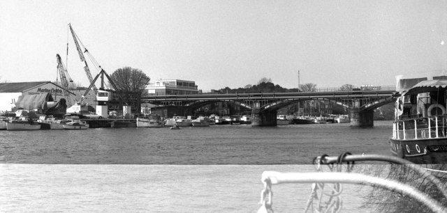 Kingston Railway Bridge, River Thames