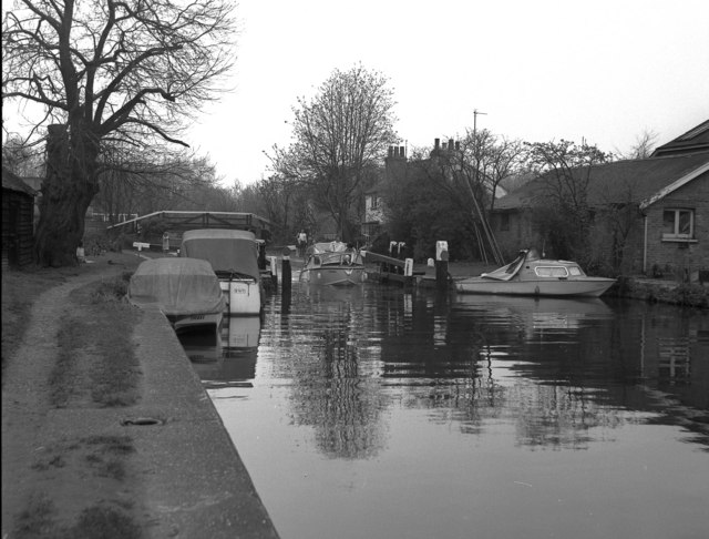 Thames Lock, River Wey