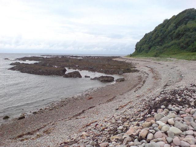 Shore and cliff at Navidale