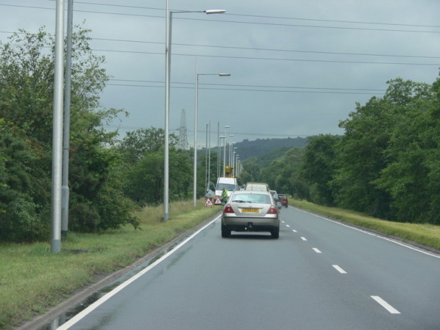 Renewing Lamp-posts On The A4067