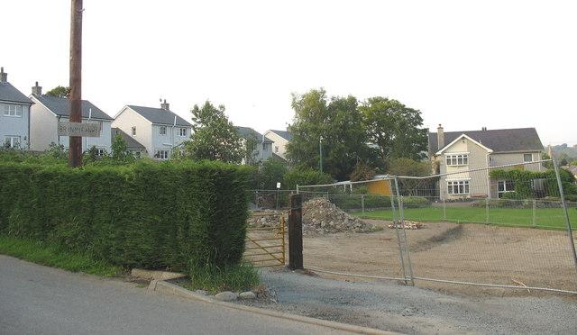 A building site in Stryd y Fron