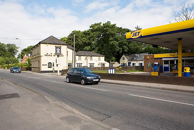 Prince of Wales pub and Jet petrol station, Bishopstoke Road