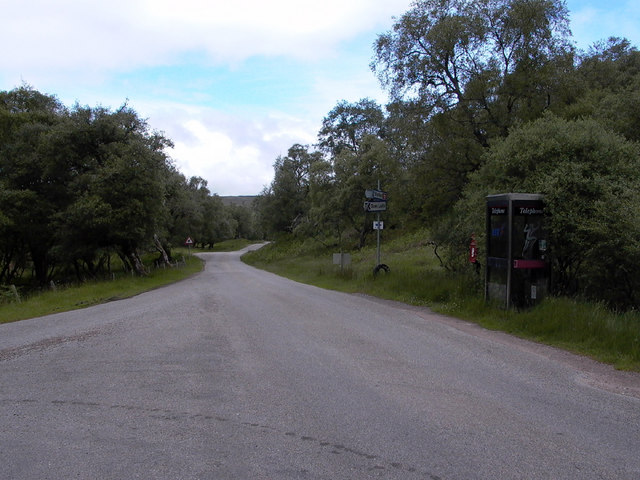 T-junction by the Kildonan Lodge