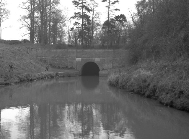 Husbands Bosworth Tunnel, Grand Union Canal
