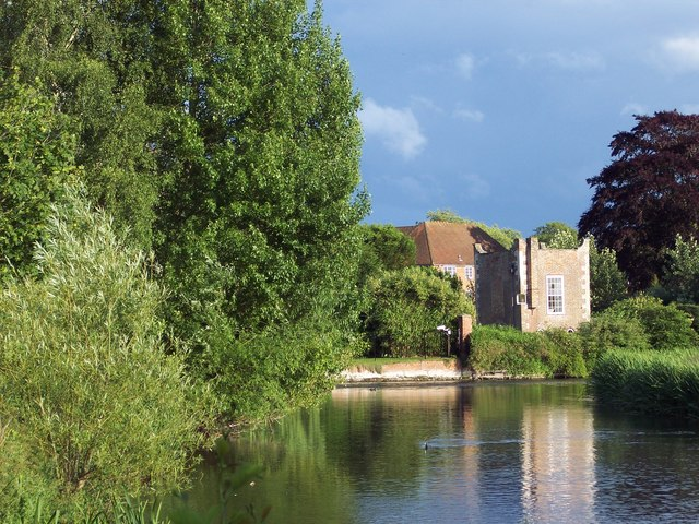 The River Wylye - Queen Elizabeth Gardens