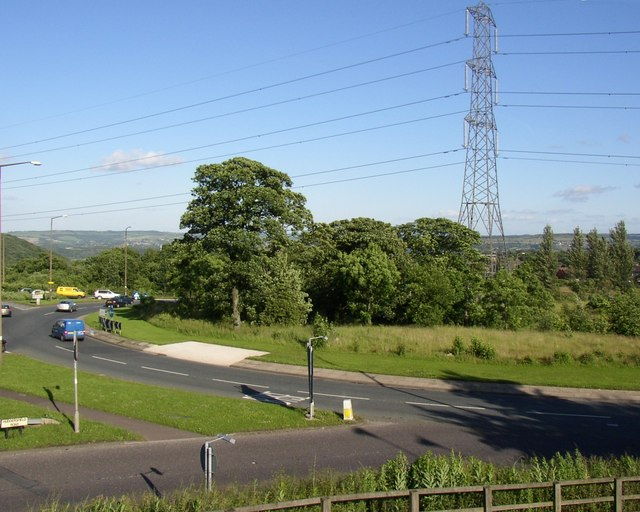 Ainley Top Roundabout, Fixby