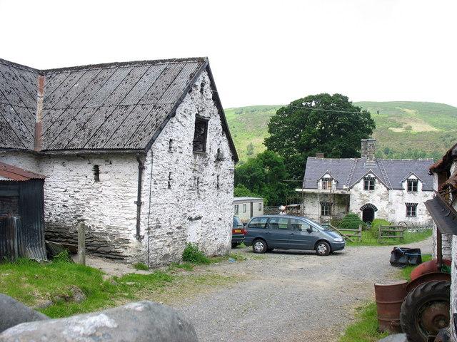 Barn and farmhouse at New Inn Farm
