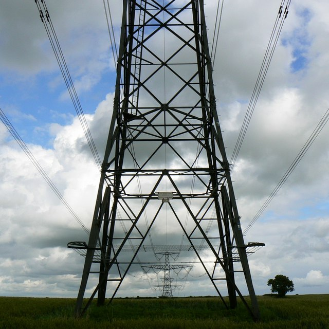 Pylons, Hinton