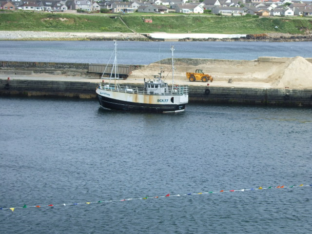 Fishing boat BCK77 entering the outer harbour, Wick