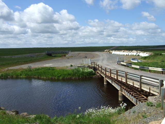 A works pontoon bridge