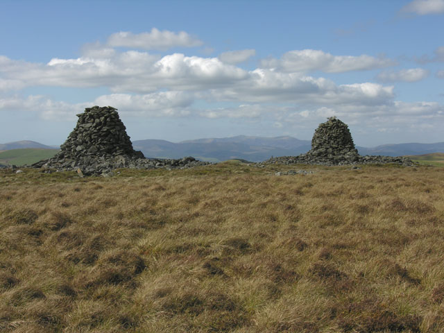 The cairns of Carn Gwilym