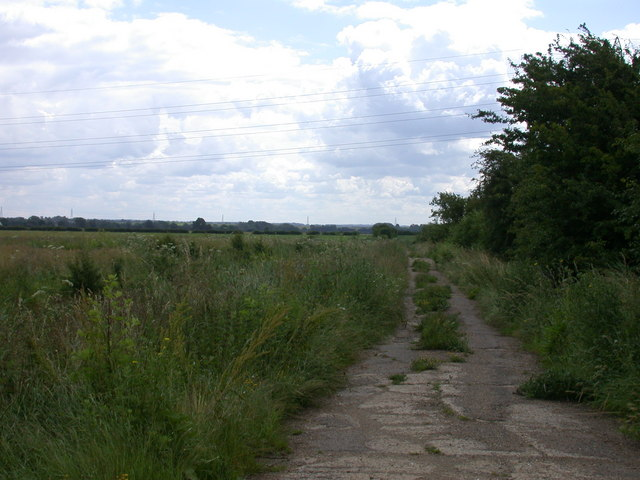 Public byway beside White Fen