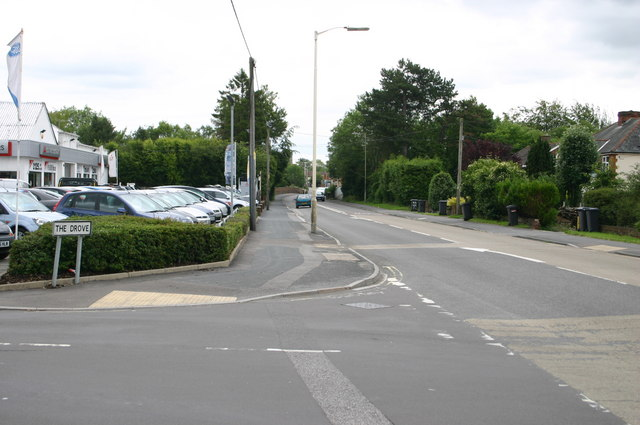 Weyhill road at The Drove