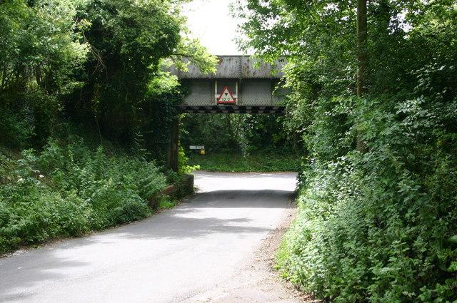 Fyfield road railway bridge