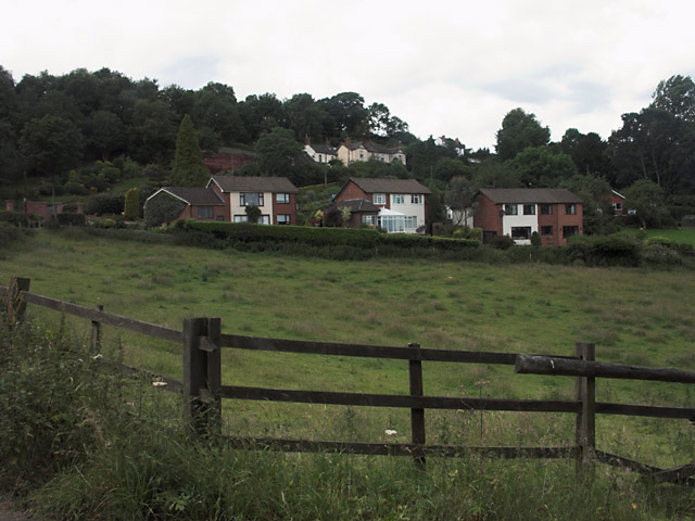 Houses at Boundary from Commonside