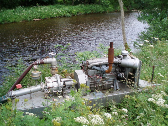 Irrigation pump on the South Esk