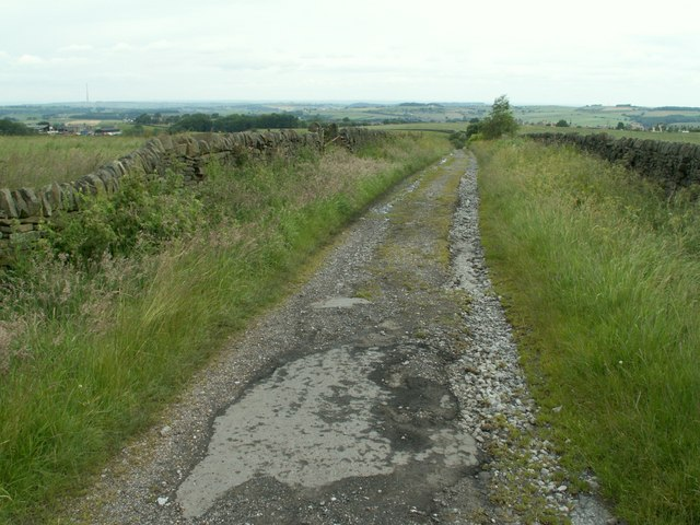 Bridleway lookinhg to Joan Royd Lane